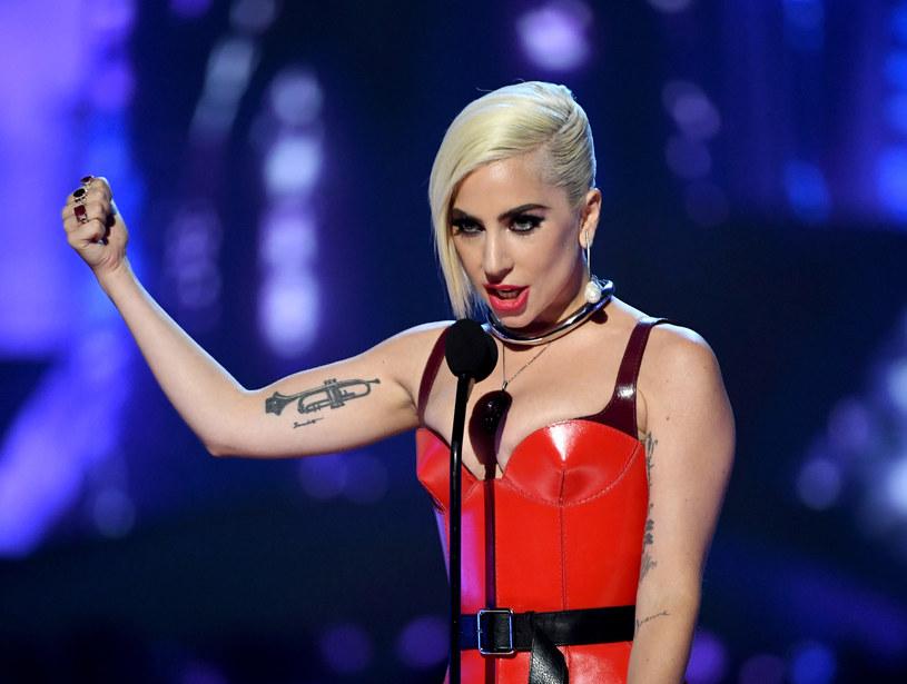 Amerykańska wokalistka Lady Gaga ogłosiła, że w Las Vegas zaprezentuje dwa różne show: jeden ekstrawagancki, drugi - bardziej wyważony, o jazzowym charakterze.