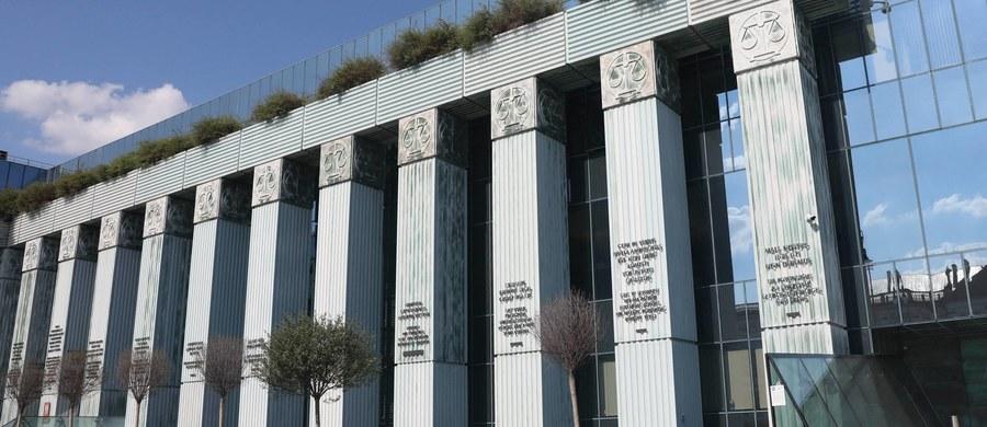 Do Krajowej Rady Sądownictwa wpłynęło dotychczas 215 kandydatur na sędziów Sądu Najwyższego, 11 kandydatów wycofało jednak swoje kandydatury - poinformowało w piątek Biuro KRS.