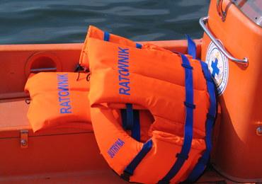 Niebezpieczny weekend na wodzie. Utonął kajakarz, wiele interwencji MOPR