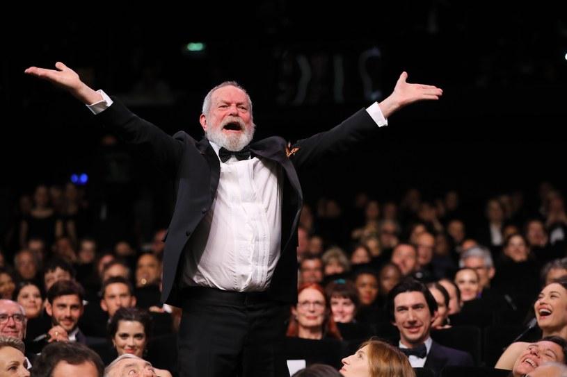 """""""Człowiek, który zabił Don Kichota"""" to nie jest film o podróży w czasie, a o tym, jak działa pamięć - mówi reżyser Terry Gilliam. Jego głośny, wyczekiwany od niemal trzech dekad film można już oglądać na ekranach kin."""