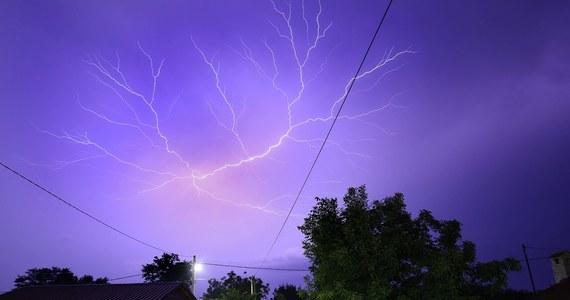 Lubelskie, Świętokrzyskie, Podkarpackie, Małopolskie - w tych województwach Instytut Meteorologii i Gospodarki Wodnej (IMGW) prognozuje wystąpienie burz z gradem. Instytut wydał dla nich ostrzeżenia drugiego stopnia.