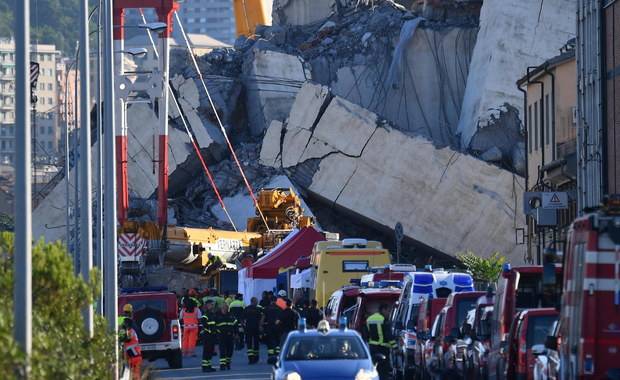 """""""To nie fatum, ale błąd ludzki"""" - tak o przyczynie katastrofy wiaduktu w Genui powiedział szef tamtejszej prokuratury Francesco Cozzi. Najnowszy bilans ofiar zawalenia się mostu-wiaduktu w stolicy Ligurii to 39 zabitych i 16 rannych."""