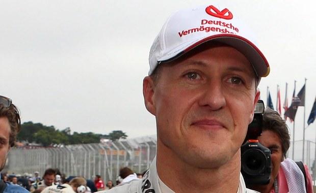 """Były kierowca Formuły 1, siedmiokrotny mistrz świata Niemiec Michael Schumacher, który w 2013 roku uległ poważnemu wypadkowi narciarskiemu, został przewieziony ze Szwajcarii na Majorkę, gdzie jego żona Corinna w lipcu kupiła luksusową willę - ujawnił szwajcarski magazyn """"L'Illustre""""."""