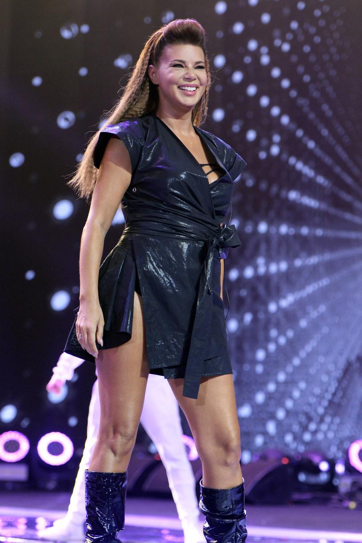 """Choć ostatnio rzuciła pracę w """"The Voice Kids"""", by czuwać przy łóżku chorej mamy, Edyta Górniak znalazła siłę na występ podczas Sopot Top of the Top Festival."""