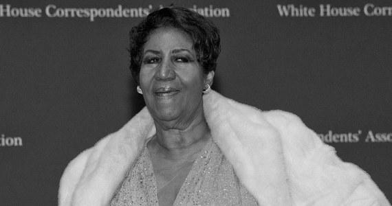 Aretha Franklin zmarła w wieku 76 lat. Przyczyną śmierci był rak trzustki. Franklin, nazywana królową soulu, chorowała na raka od 8 lat.