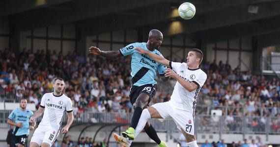 Piłkarze Legii Warszawa zremisowali na wyjeździe z F91 Dudelange z Luksemburga 2:2 (1:2) w rewanżowym meczu trzeciej rundy eliminacji Ligi Europejskiej. Mistrzowie Polski pierwszy mecz przegrali u siebie 1:2 i odpadli z rozgrywek.