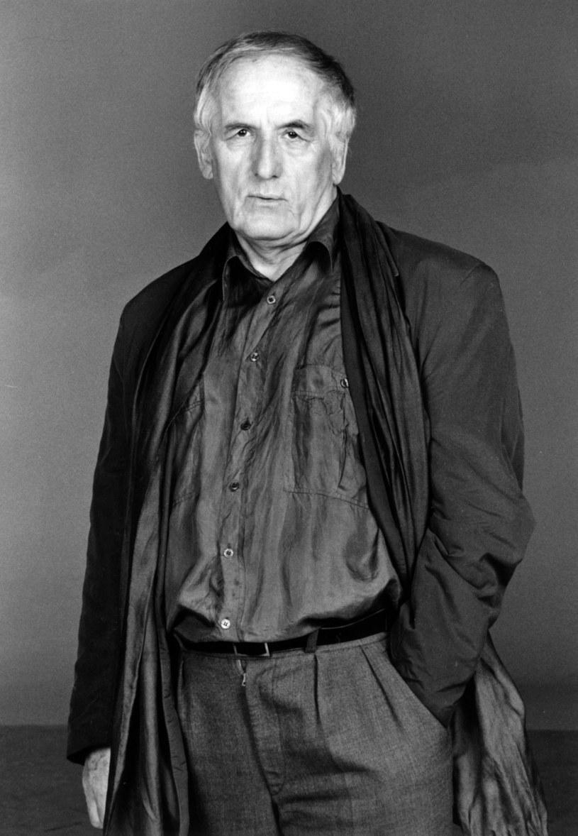W piątek rano w wieku 86 lat zmarł aktor, poeta i dramatopisarz Józef Fryźlewicz - poinformował PAP Dom Artystów Weteranów Scen Polskich w Skolimowie. Dokładna data pogrzebu nie jest jeszcze znana.