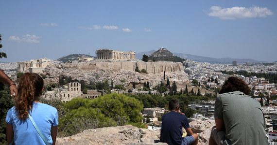 Grecja zakończyła program pomocowy, w ramach którego tylko w ciągu ostatnich trzech lat dostała ponad 60 mld euro kredytów. Bolesne reformy pozwoliły na powrót do wzrostu gospodarczego, ale wskaźniki ekonomiczne są dalekie od zadowalających.