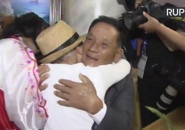 Wzruszające spotkanie matki z synem po 68 latach. Widziała go ostatnio, gdy miał cztery lata