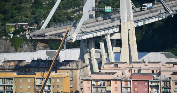 Pozostałości mostu w Genui, który runął 14 sierpnia, mogą się zawalić - ostrzegli eksperci. Specjalny komisarz ds. kryzysu w mieście w liście do zarządcy autostrad napisał, że resztki konstrukcji trzeba pilnie zabezpieczyć albo natychmiast zburzyć.