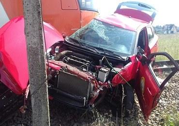 18-latka wjechała pod pociąg podczas egzaminu na prawo jazdy. Kursantka nie żyje