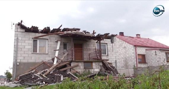 Cztery i pół tysiąca odbiorców nie miało rano prądu po burzach, które przeszły nad Polską. Problem dotyczy głównie mieszkańców Podlasia. W całym kraju do usuwania skutków nawałnic strażacy wyjeżdżali około 550.