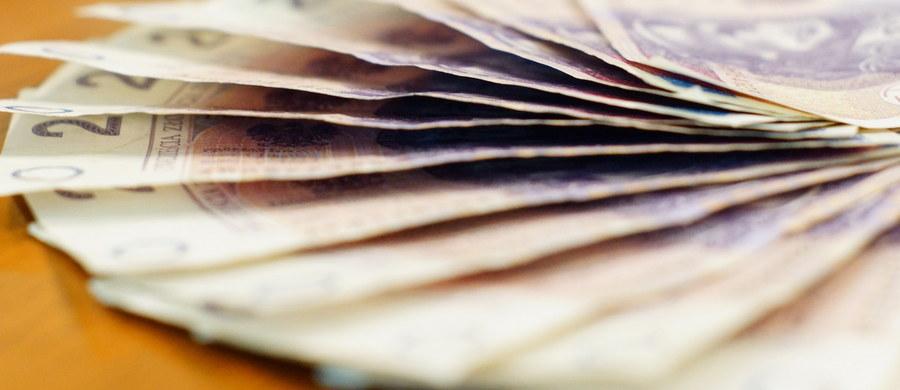 """Największa w Wielkiej Brytanii firma pożyczkowa Wonga rozważa ogłoszenie niewypłacalności z powodu znacznej liczby pozwów odszkodowawczych od swych klientów - informują brytyjskie media. Poza rynkiem brytyjskim, Wonga działa również w Polsce, Hiszpanii i Republice Południowej Afryki. """"Sytuacja Wonga w Polsce jest stabilna"""" - zapewnia rzeczniczka Eliza Więcław."""