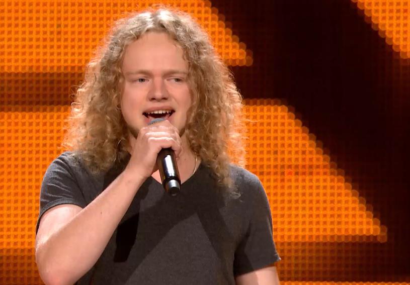 22-letni Maksymilian Kwapień swoim wokalem wprawił trenerów w niemałe zakłopotanie. Ci myśleli bowiem, że śpiewa dla nich kobieta.