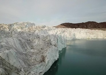 Lodowiec na Grenlandii topi się w rekordowym tempie