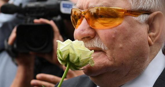 Były prezydent Lech Wałęsa wziął dziś udział w konferencji prasowej na wstępie obchodów 38. rocznicy Sierpnia'80. Zadeklarował, że weźmie udział w mszy w kościele św. Brygidy w Gdańsku, w której będą też uczestniczyć prezydent Andrzej Duda i premier Mateusz Morawiecki. Odpowiedział też na pytanie, czy jest w stanie porozumieć się z szefem rządu.