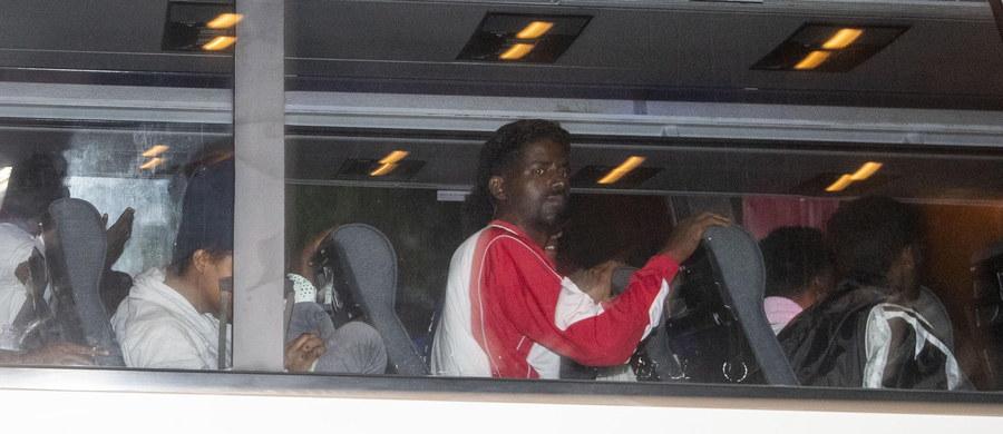 Sprawa specjalnych platform dla uchodźców utknęła z powodu unijnej biurokracji. Chodzi o miejsca, na których miałoby dochodzić do rozdziału uchodźców, na tych, którzy na przykład uciekają przed wojną i na migrantów zarobkowych.