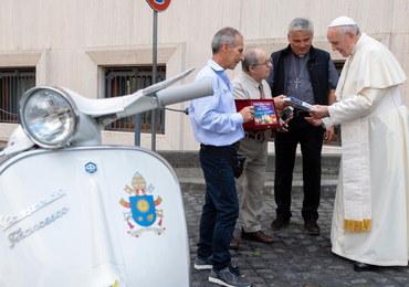 Watykan: Niecodzienny prezent dla papieża Franciszka
