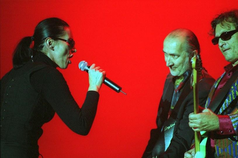 """""""Złoty Maanam to nie jest Maanam, nikt nigdy nie zastąpi Kory i Marka Jackowskiego"""" - podkreśla Ryszard Olesiński, gitarzysta grupy Złoty Maanam stworzonej m.in. przez byłych muzyków Maanamu."""