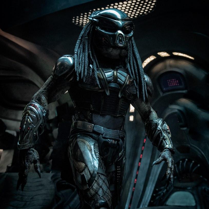 Nowa odsłona serii o Predatorze w reżyserii Shane'a Blacka zabiera widzów na obrzeża wszechświata i na prowincję południowej Georgii. Tym razem najbardziej przerażający drapieżnicy kosmosu są jeszcze silniejsi, sprytniejsi i bardziej niebezpieczni.