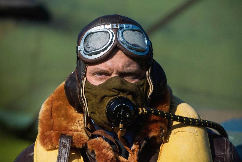 O tym, by pokazać na ekranie niezwykłą historię polskich lotników, którzy wsławili się w kampanii powietrznej w Anglii w 1940 roku, myślało wielu filmowców. Na ekrany kin weszły właśnie dwa filmy na ten temat. Obie produkcje będzie można obejrzeć w Gdyni podczas 43. Festiwalu Polskich Filmów Fabularnych.