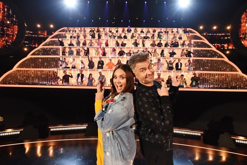 """Już w środę 5, września, na antenie Polsatu zadebiutuje nowy program muzyczny """"Śpiewajmy Razem. All Together Now""""."""