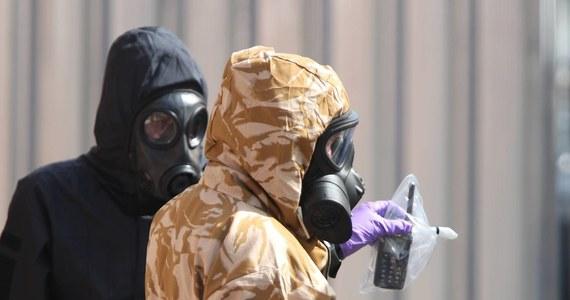 To był nowiczok - potwierdzają eksperci z Organizacji ds. Zakazu Używania Broni Chemicznej. Orzeczenie dotyczy zatrucia dwójki Brytyjczyków, do którego w czerwcu doszło niedaleko Salisbury. To tam w marcu tego roku dokonano ataku na byłego rosyjskiego szpiega Siergieja Skripala i jego córkę.