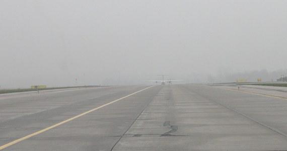 Mgła przeszkodziła w pracy poznańskiego lotniska. Trzy poranne loty zostały przekierowane do Wrocławia.