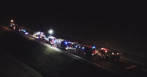 Miejscowa prokuratura wszczęła śledztwo w sprawie tragicznego wypadku na obwodnicy Nysy na Opolszczyźnie. W zderzeniu dwóch samochodów osobowych zginęło pięć osób, w tym 3-letnie dziecko.