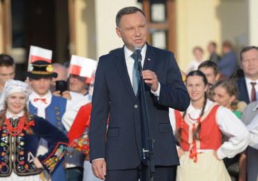 """Andrzej Duda w Leżajsku. Ostre słowa o """"wspólnocie, z której niewiele wynika"""""""
