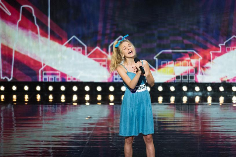 """8 września wystartowała 11. edycja """"Mam talent"""". Tylko u nas możecie przedpremierowo zobaczyć fragment drugiego odcinka programu, w którym zaprezentuje się 14-letnia Monika Urbanowicz."""