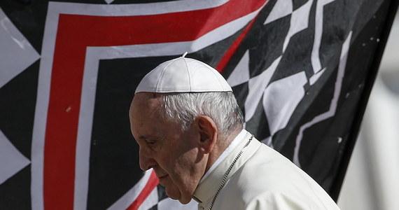 Papież Franciszek zwołał na luty przyszłego roku szczyt z udziałem przewodniczących episkopatów z całego świata na temat pedofilii - poinformował Watykan.
