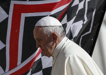Papież Franciszek zwołuje szczyt ws. pedofilii