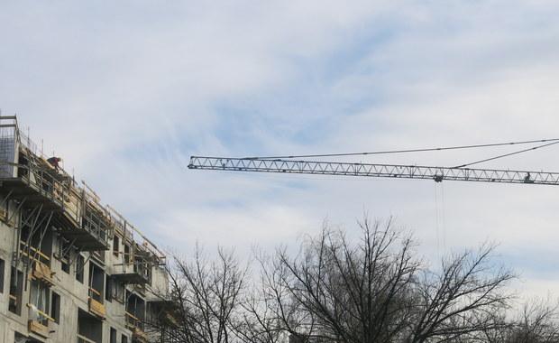 Na terenie budowy u zbiegu Alei Piłsudskiego i ulicy Kilińskiego w Łodzi doszło do tragicznego wypadku.
