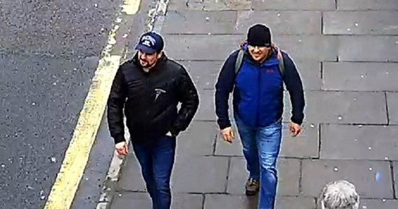"""Podejrzani o zamach na Siergieja Skripala i jego córkę Julię mają powiązania z rosyjskimi służbami i potwierdzają to liczne dokumenty - twierdzą dziennikarze portalu śledczego Bellingcat i rosyjskiego portalu """"The Insider"""". Jak zaznaczają, to dopiero pierwsza część dochodzenia, które przeprowadzili."""