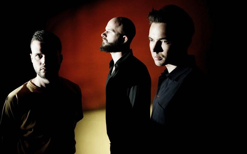 Zespół White Lies zagra dwa koncerty w Polsce. Londyńskie trio wystąpi 5 marca w warszawskiej Proximie i dzień później w poznańskiej Sali Wielkiej CK Zamek.
