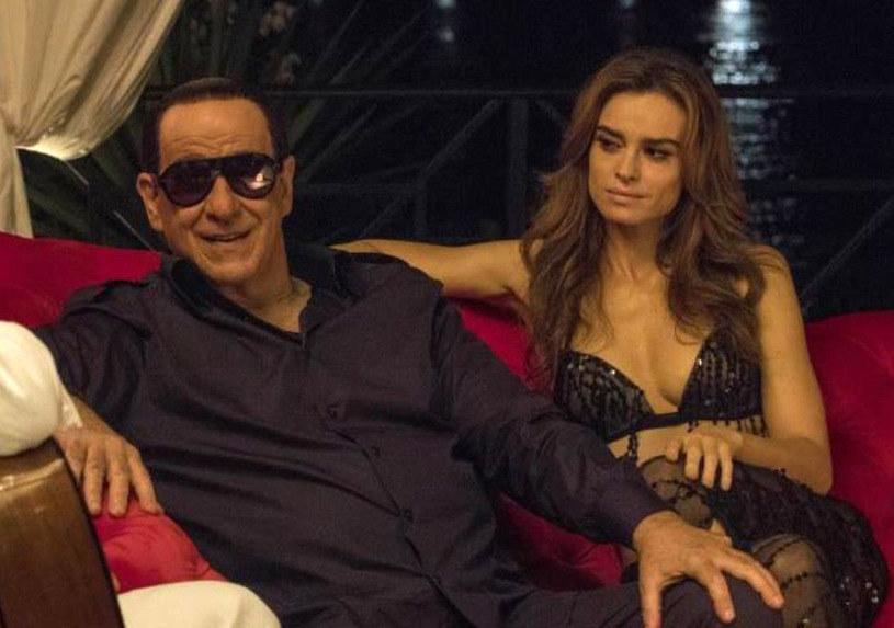 """Na zakończonym w niedzielę (16 września) festiwalu w Toronto, najważniejszej imprezie filmowej Ameryki Północnej, światową premierę miał najnowszy film Paolo Sorrentino - prowokacyjny komediodramat """"Loro""""."""
