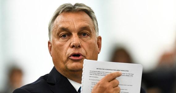 Rząd w Budapeszcie pozwie Parlament Europejski do Trybunału Sprawiedliwości UE (TSUE) w związku ze zgodą PE na uruchomienie art. 7 traktatu unijnego wobec Węgier - oświadczył Gergely Gulyas, szef kancelarii węgierskiego premiera.