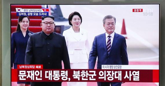 Prezydent Korei Południowej Mun Dze In przybył do Pjongjangu, by po raz trzeci w tym roku spotkać się z przywódcą Korei Północnej Kim Dzong Unem. Rozmowy będą dotyczyć dalszej poprawy dwustronnych stosunków oraz denuklearyzacji komunistycznej Korei Północnej.