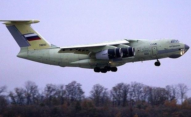 """Izraelska armia wyraziła we wtorek ubolewanie z powodu śmierci załogi zestrzelonego rosyjskiego samolotu wojskowego u wybrzeży Syrii oraz podkreśliła, że za zestrzelenie samolotu w pełni odpowiedzialny jest syryjski rząd. Kiedy rosyjska maszyna została zestrzelona, izraelskie samoloty """"były już w izraelskiej przestrzeni powietrznej"""" - pisze Reuters, powołując się na dokument przekazany przez siły zbrojne."""