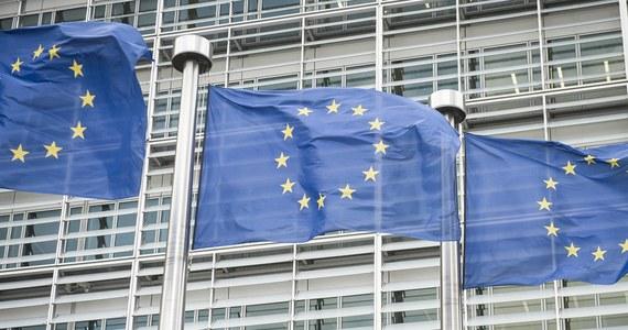 Z godzinnym opóźnieniem rozpoczęło się w Brukseli wysłuchanie Polski na posiedzeniu Rady UE w ramach procedury z art. 7. traktatu unijnego. Przedstawiciele władz z Warszawy będą bronić zmian w wymiarze sprawiedliwości. Minister ds. europejskich Austrii Gernot Bluemel mówił przed rozpoczęciem spotkania, że dopóki państwa członkowskie będą miały pytania dotyczące reformy wymiaru sprawiedliwości w Polsce, tak długo Rada UE będzie zajmować się tym tematem.