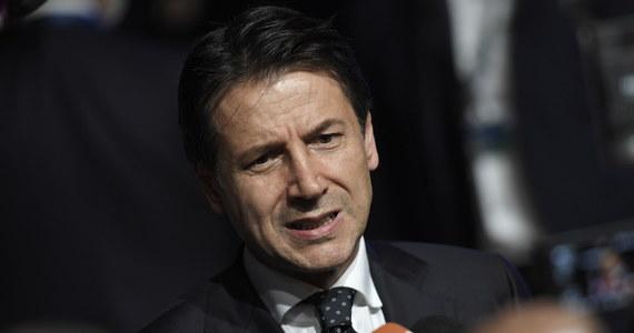 Premier Włoch Giuseppe Conte powiedział po środowym spotkaniu na nieformalnym szczycie UE w Salzburgu, że rozważana jest możliwość wnoszenia wkładu finansowego przez kraje, które nie przyjmują migrantów. Jak dodał, niektóre kraje już wyraziły taką gotowość.