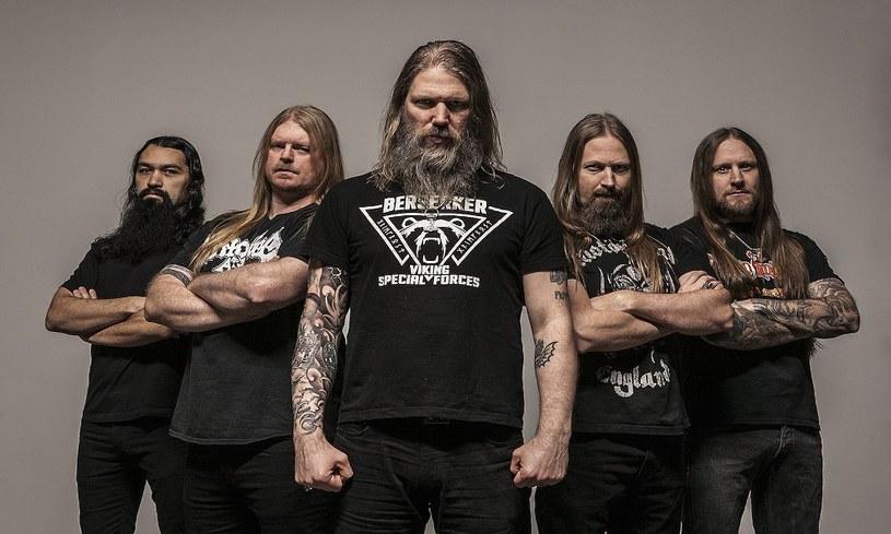 """""""The Pursuit Of Vikings: 25 Years In The Eye Of The Storm"""" - to tytuł nowego materiału DVD Szwedów z Amon Amarth."""