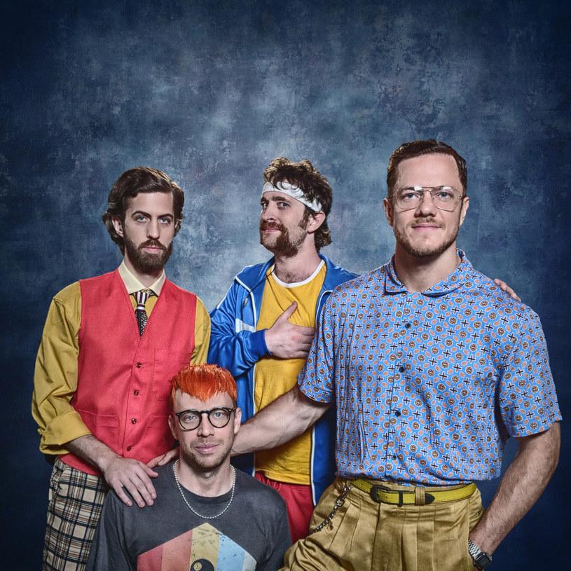 """Zespół Imagine Dragons zaprezentował nowy utwór """"Zero"""" i towarzyszące mu lyric video. Piosenka powstała specjalnie na potrzeby filmu """"Ralph Demolka w internecie"""". Dostępna jest już w serwisach cyfrowych."""
