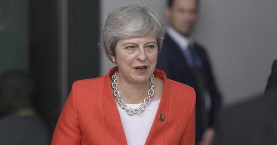 Szef Rady Europejskiej Donald Tusk i szef Komisji Europejskiej Jean-Claude Juncker nie wykluczają scenariusza, w którym Wielka Brytania opuści UE bez porozumienia z Brukselą. Juncker podkreśla jednak, że Wspólnota jest przygotowana na taki scenariusz.