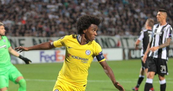 Dynamo Kijów, z Tomaszem Kędziorą w składzie, od remisu z FK Astana 2:2 rozpoczęło udział w fazie grupowej Ligi Europejskiej. Gospodarze zwycięstwo stracili w doliczonym przez sędziego czasie gry. Na inaugurację wygrali m.in. piłkarze Chelsea Londyn.