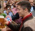 Bayern. Robert Lewandowski wygrywa w piwnym pojedynku