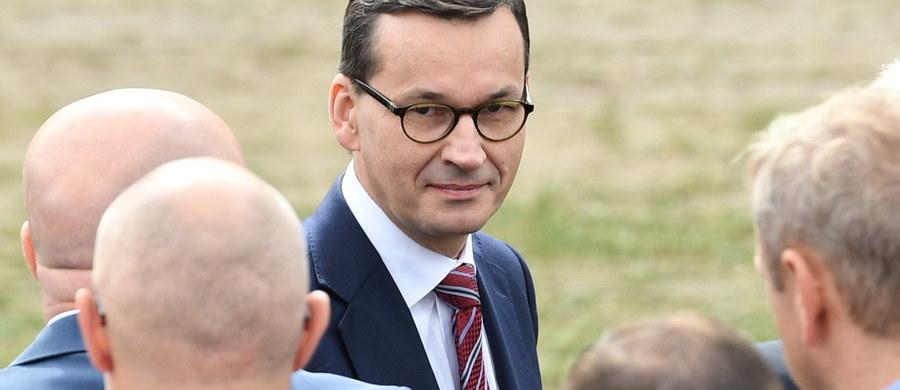 Pozew Komisji Europejskiej przeciwko Polsce do Trybunału Sprawiedliwości Unii Europejskiej, spowodowany zmianami w Sądzie Najwyższym, przerwał poszukiwania kompromisu w tej sprawie na polskim podwórku. I dobrze, bo Mateusz Morawiecki w ostatnim tygodniu posunął się zbyt daleko, by uniknąć zwarcia z Trybunałem w Luksemburgu. Świadczy o tym jego nieoficjalna wizyta w gabinecie pierwszej prezes Sądu Najwyższego, podczas której miał wyrazić gotowość do nowelizacji ustawy i częściowego odkręcenia reformy. Pod pewnymi warunkami, premier mógł wówczas podjąć próbę politycznego skorumpowania Małgorzaty Gersdorf.