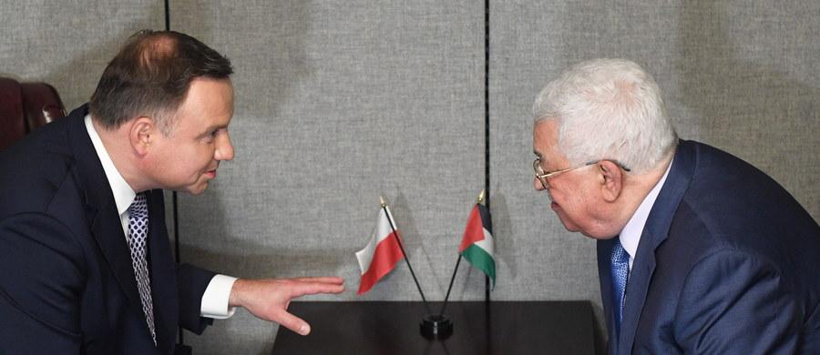 Prezydent Andrzej Duda spotkał się w Nowym Jorku z prezydentem Autonomii Palestyńskiej Mahmudem Abbasem. Rozmowa dotyczyła obecnego stanu relacji palestyńsko-izraelskich i przyszłego procesu pokojowego. Informacje - podał szef gabinetu prezydenta RP Krzysztof Szczerski.