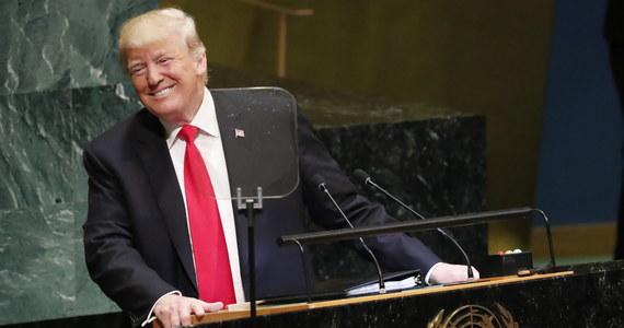 Prezydent USA Donald Trump wyraził we wtorek zadowolenie z postępów Korei Północnej w likwidacji jej arsenału nuklearnego. Podkreślił jednak, że amerykańskie sankcje wobec koreańskiego reżimu pozostaną utrzymane dopóki nie dojdzie do całkowitej denuklearyzcji tego kraju.